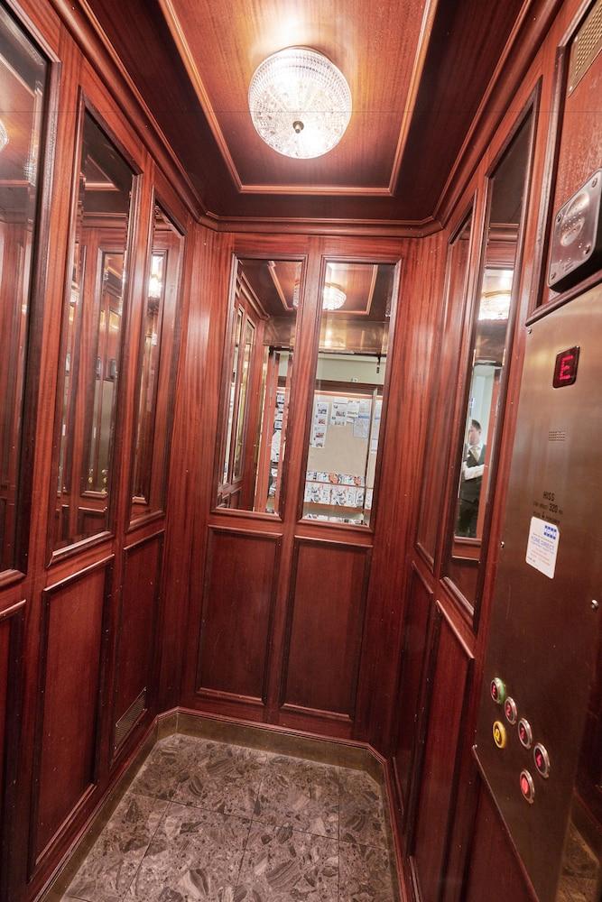 호텔 로얄(Hotel Royal) Hotel Image 2 - Lobby