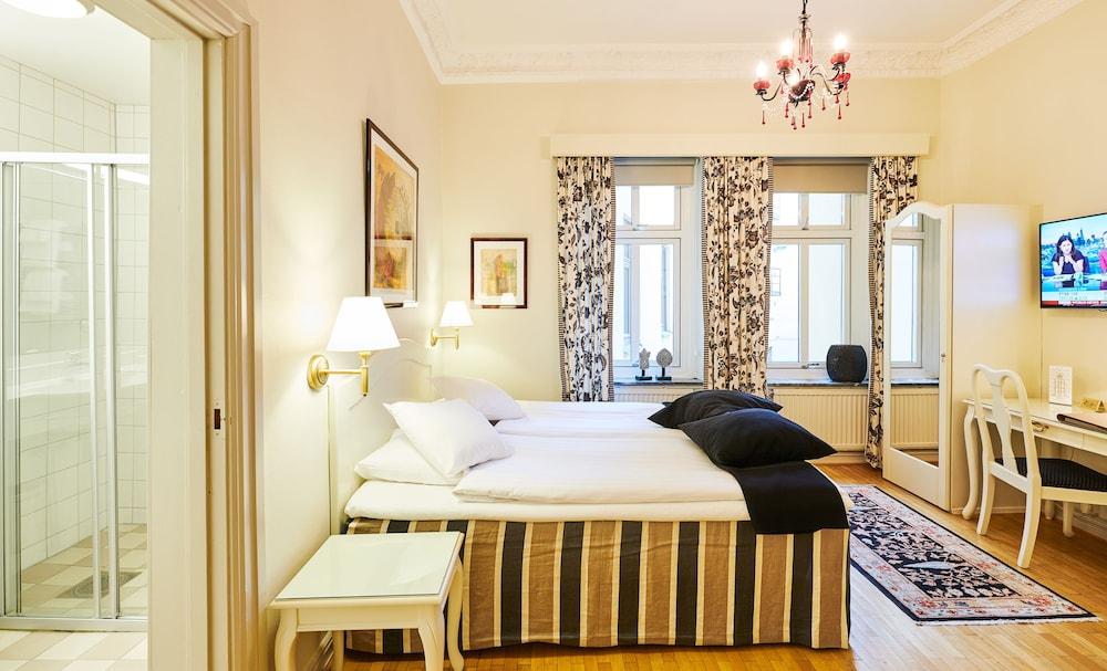 호텔 로얄(Hotel Royal) Hotel Image 22 - Guestroom