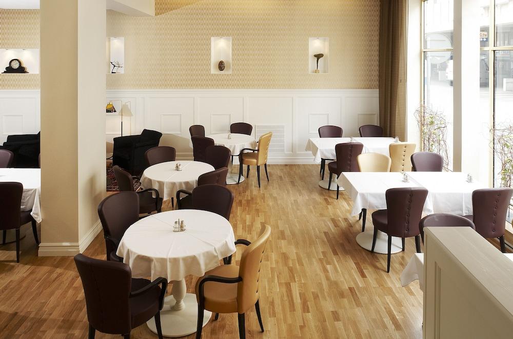 호텔 로얄(Hotel Royal) Hotel Image 42 - Restaurant