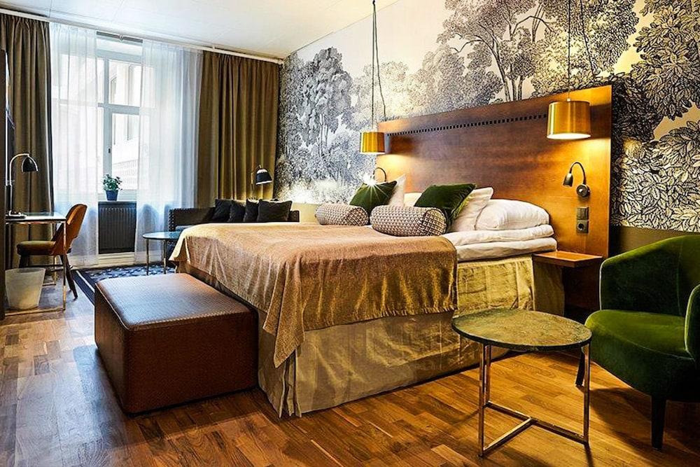 https://i.travelapi.com/hotels/1000000/600000/598600/598528/3b059fdd_z.jpg