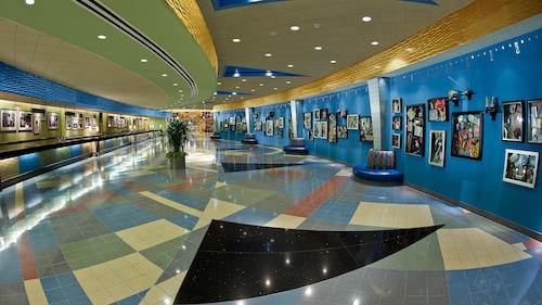 Disney's Pop Century Resort image 2
