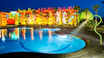 Hotel - Disney's Pop Century Resort