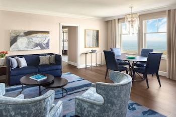 Signature Suite, 1 Bedroom, Non Smoking, Ocean View (Larger Suite)