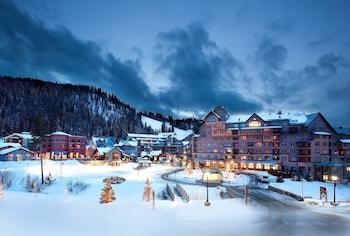 澤弗山旅館 Zephyr Mountain Lodge