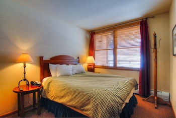 1 Bedroom Condominium Standard Silver