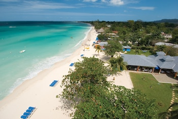 Grand Pineapple Negril - ALL INCLUSIVE