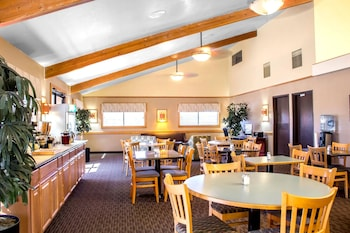 Phoenix Vacations - Quality Inn Wickenburg - Property Image 2