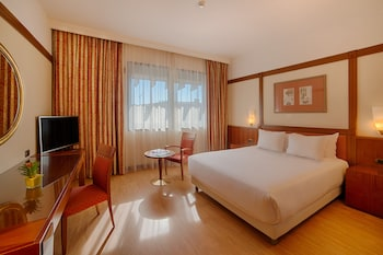 Superior Room (Extra Bed 3 adults)