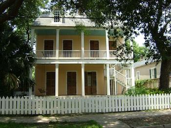 Duvigneaud House Upper Right