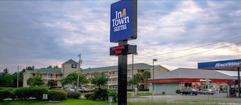 Hotel - InTown Suites Gulfport