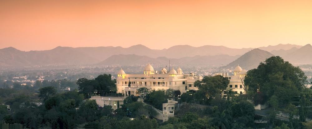 The Lalit Laxmi Vilas Palace