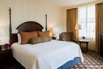 Suite, 1 King Bed (California)