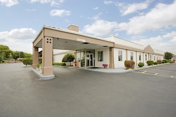 Hotel - Americas Best Value Inn Shelbyville