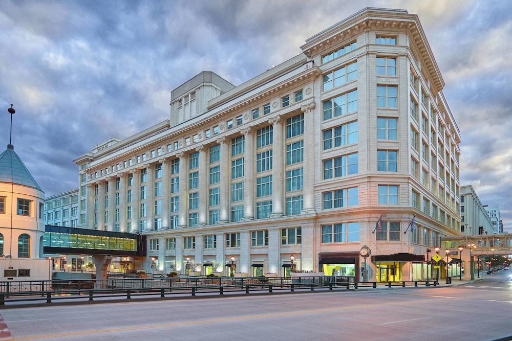 Photo of Residence Inn Milwaukee Downtown by Marriott in Milwaukee, Wisconsin