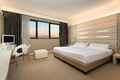 . Best Western Plus Tower Hotel Bologna
