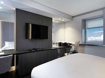 Luxury Room (Club Lounge Access)