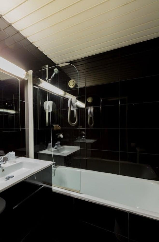 호텔 르망 오페라(Hôtel Léman Opéra) Hotel Image 19 - Bathroom