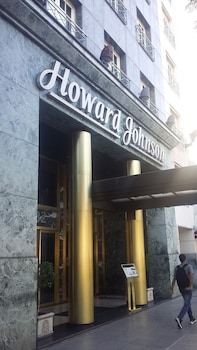 Howard Johnson 9 De Julio Avenue