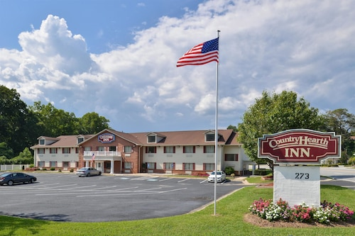 . Country Hearth Inn & Suites Toccoa