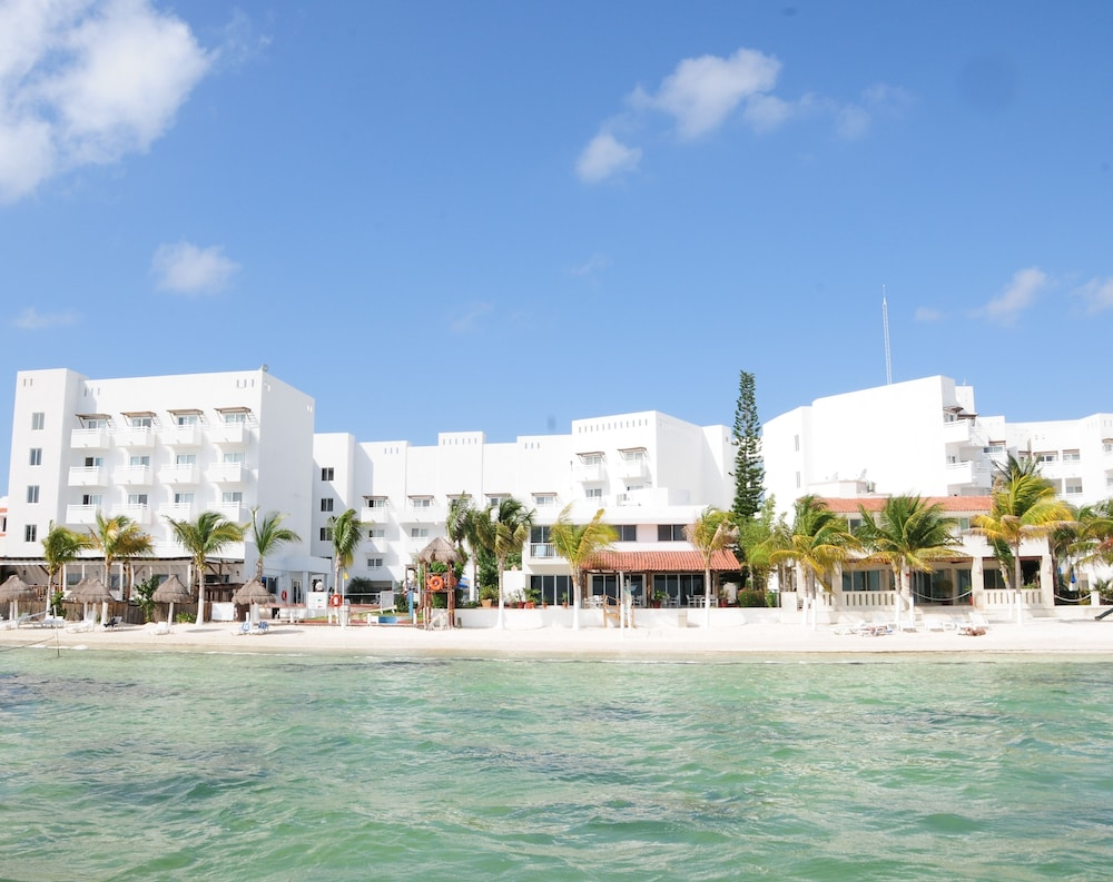 Ocean View Cancun Arenas, Featured Image