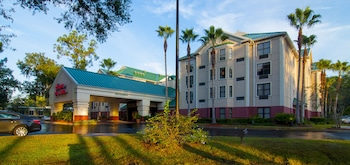 Hampton Inn & Suites Tampa North