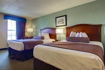 Standard Single Room, 2 Queen Beds, Smoking