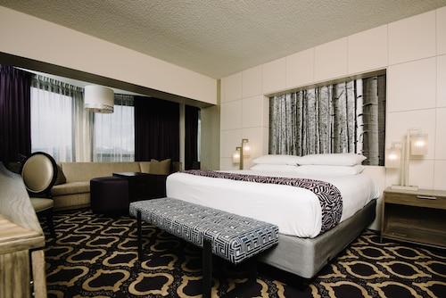 . Harrah's Lake Tahoe Resort & Casino