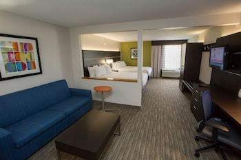 Suite, 2 Queen Beds, Non Smoking