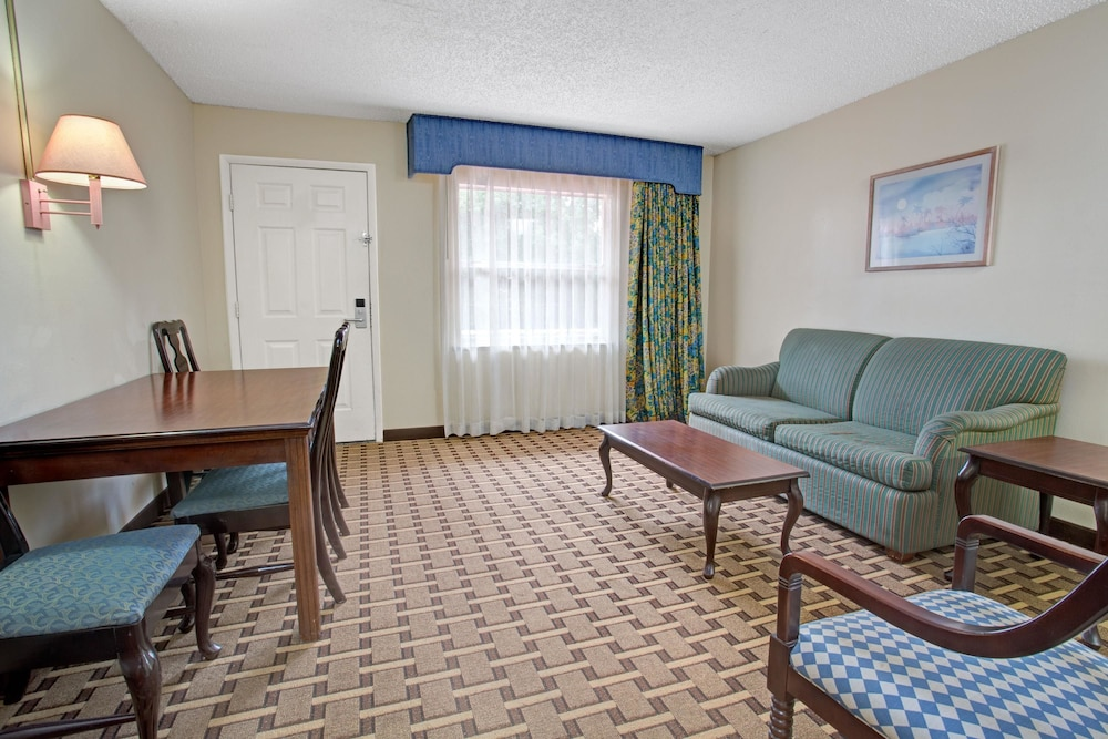 Howard Johnson Room Rates