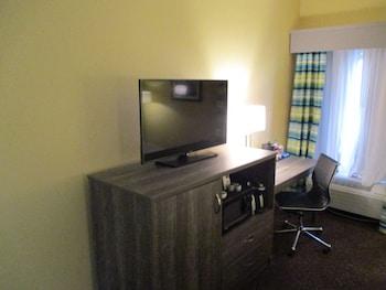 Standard Room, 2 Queen Beds, Accessible, Refrigerator & Microwave