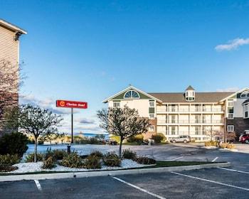 Clarion Hotel Beachfront - Exterior  - #0