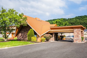 Hotel - Howard Johnson by Wyndham North Plainfield