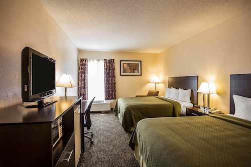 . Quality Inn Union US Hwy 176