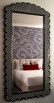 Room, 1 King Bed (Monaco)