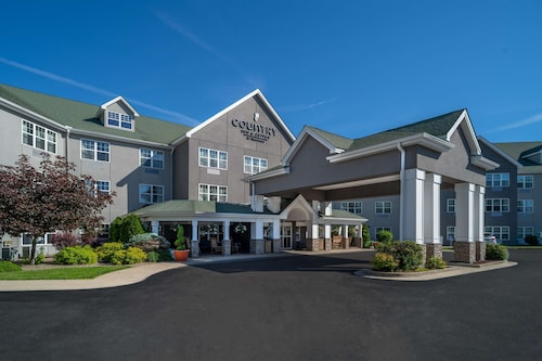. Country Inn & Suites by Radisson, Beckley, WV