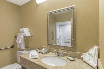 Wyndham Garden Houston Willowbrook - Bathroom Sink  - #0
