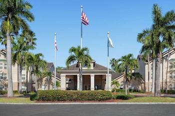 邁爾斯堡希爾頓惠庭套房飯店 Homewood Suites by Hilton - Fort Myers