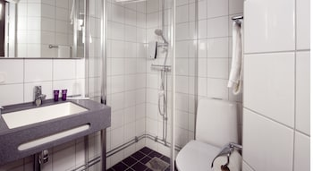 Clarion Collection Hotel Majoren - Bathroom  - #0