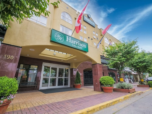 . Harrison Lake Hotel