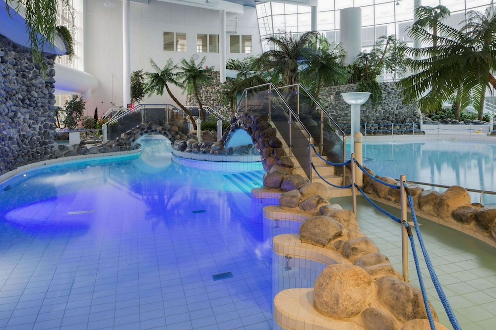 홀리데이 클럽 쿠사몬 트로피키(Holiday Club Kuusamon Tropiikki) Hotel Image 4 - Pool