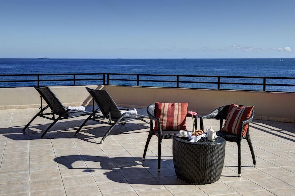 https://i.travelapi.com/hotels/1000000/70000/63600/63558/d3557006_z.jpg