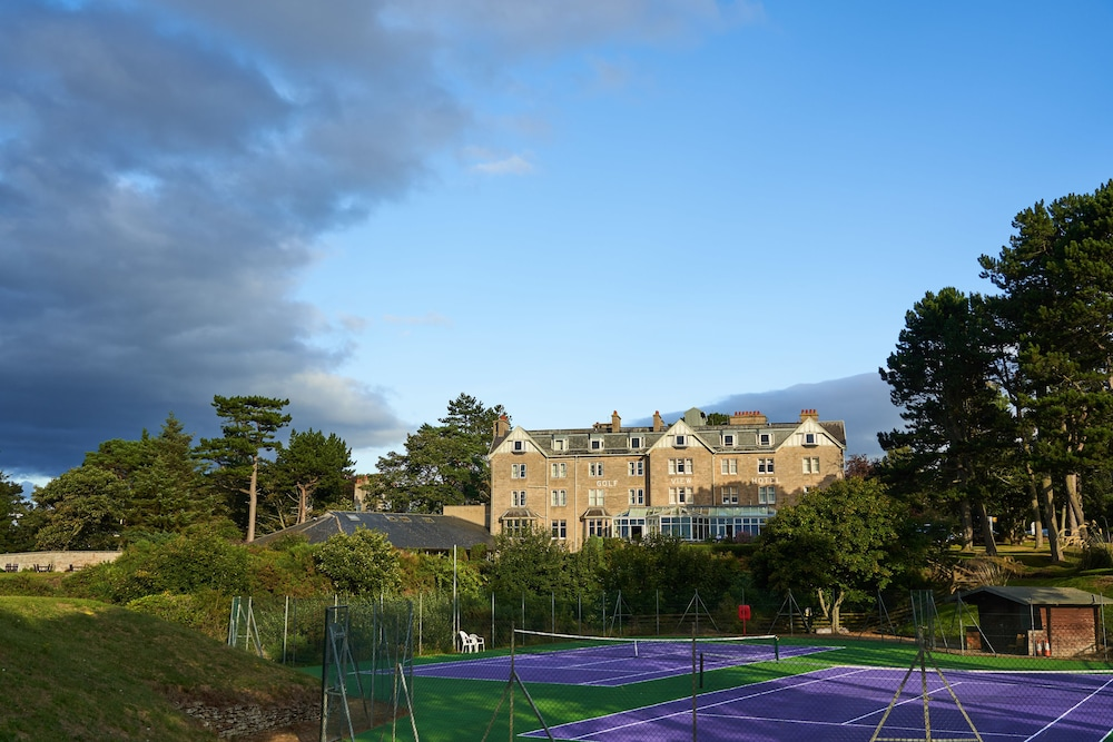 골프 뷰 호텔 앤드 스파(Golf View Hotel & Spa) Hotel Image 34 - Tennis Court