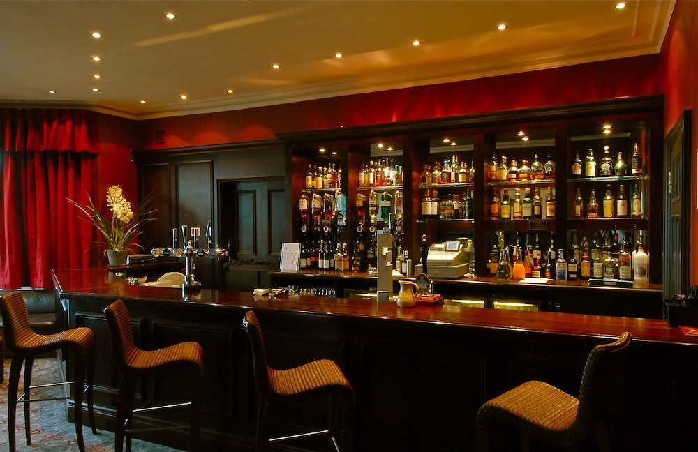 골프 뷰 호텔 앤드 스파(Golf View Hotel & Spa) Hotel Image 45 - Hotel Bar