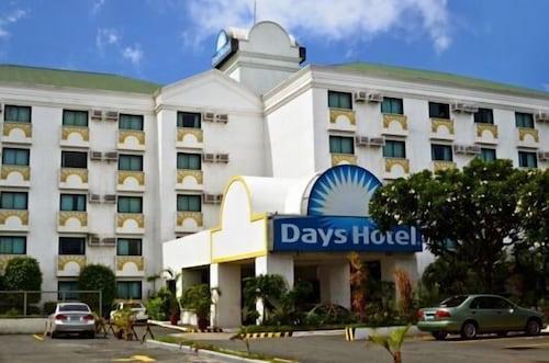 . Days Hotel Batangas