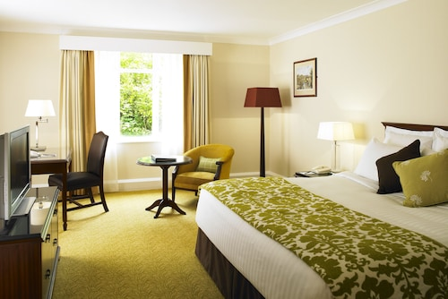 __{offers.Best_flights}__ Hollins Hall Hotel, Golf & Country Club