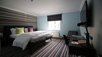 Tek Büyük Yataklı Oda