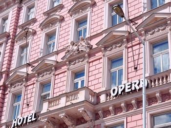 Hotel - Opera Hotel