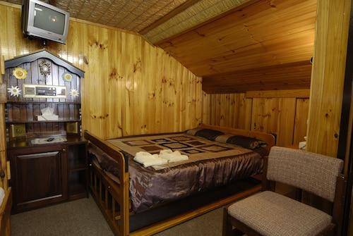 Karelia Alpine Lodge, Falls Creek Alpine Resort
