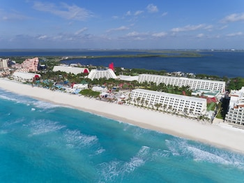 Hotel - Grand Oasis Cancun All Inclusive