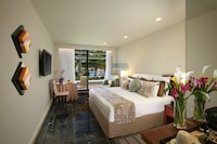 Hotel room image 202436080